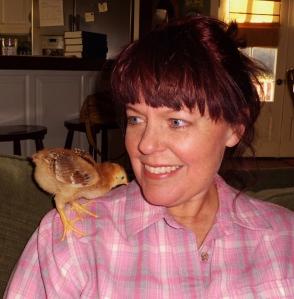 Tama & My foster chicken Scarlett